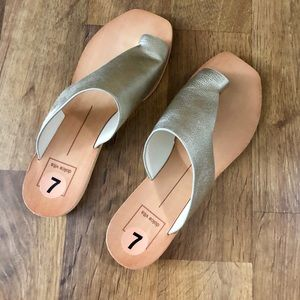 Dolce Vita Silver Wooden Sandals - Size 7
